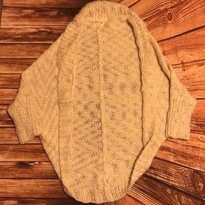 Joyfolie cocoon sweater size M vguc